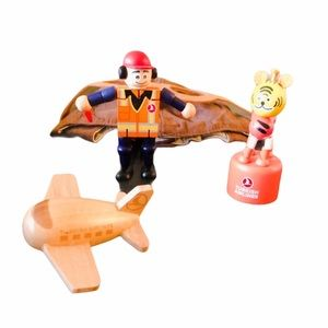 Air Controller  Wood Toys